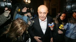 Procurorii i-au prezentat materialul de urmărire penală lui Puiu Popoviciu / Foto: MEDIAFAX