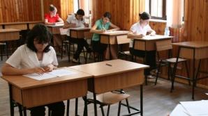 Mai mult de 10 elevi au fost eliminaţi de la BAC 2012