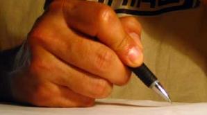 Elevii au fost ajutaţi de profesori să copieze