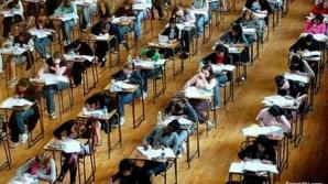 Mii de elevi au depus contestaţie la BAC 2012