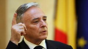 Isărescu: Ca să supravieţuieşti în România, ai o singură şansă - să faci EVAZIUNE FISCALĂ