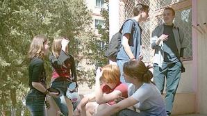 Primii elevi care vor primi repartiţie sunt elevii romi