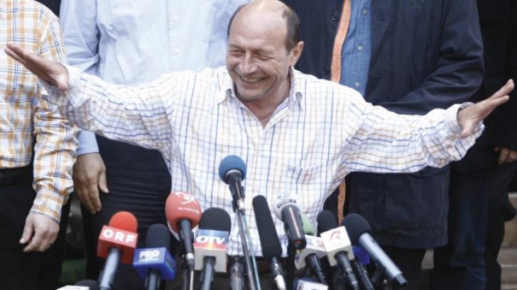 REFERENDUM VIRTUAL: DA sau NU pentru demiterea lui Traian Băsescu