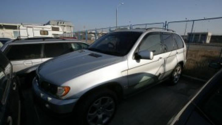 Maşini confiscate, scoase la vânzare