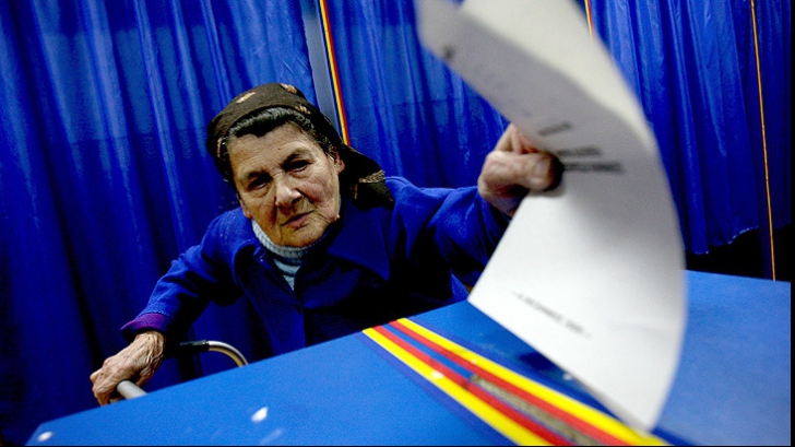 REFERENDUM 2012: vor fi organizate 306 secţii de votare în afara ţării