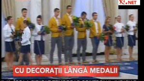 Antonescu şi Ponta i-au decorat pe sportivii români medaliaţi la Olimpiada de la Londra