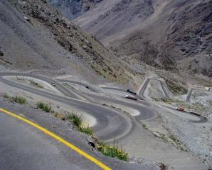 Los Caracoles Pass