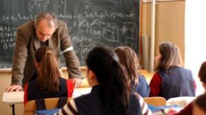 Peste 65.000 de cadre didactice au parasit sistemul de invatamant
