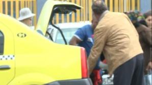 O parte dintre cei care beneficiază de ajutoare de la Uniunea Europeană îşi iau alimentele acasă cu taxiul.