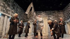 """Revoluţia din 1989, """"violată"""" în grup, pe scena Teatrului Maghiar din Cluj"""