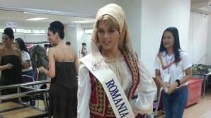 Un fost teolog ne reprezintă la un concurs de travestiţi şi transsexuali din Thailanda