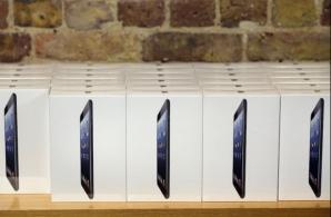 FBI-ul a început arestările în cazul jafului de tablete iPad mini în valoare de 1,5 mil. de dolari