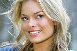 Margot Robbie - ultima cucerire a lui Leonardo DiCaprio. Seamănă cu Laura Cosoi?