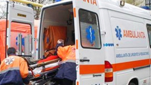 EXPLOZIE într-un bloc din Bacău: Un bărbat a ajuns la spital