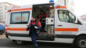 Adolescenta a fost transportată la spital pentru îngrijiri medicale