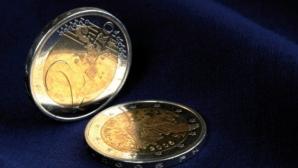 Euro urcă la maximul anului pe interbancar