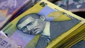 Ordonanţa care permite majorarea indemnizaţiilor membrilor AGA ale societăţilor în care statul e majoritar rămâne în vigoare