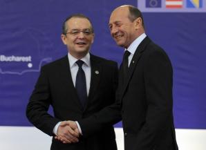 Băsescu, discuţie privată cu fostul premier Emil Boc / Foto: MEDIAFAX