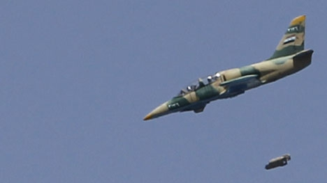 Avioane militare siriene au efectuat un raid la frontiera dintre Liban şi Siria
