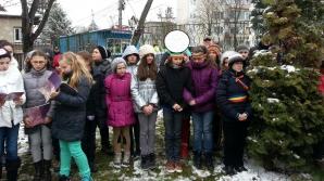 Mai multe eleve au purtat bentiţa tricoloră la Cluj