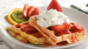 Alimentația sănătoasă începe cu micul dejun. Ce nu este recomandat să mâncâm dimineaţa