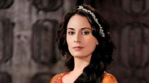 Suleyman Magnificul: actriţa Melisa Sozen spune că e greu să-ţi găseşti jumătatea