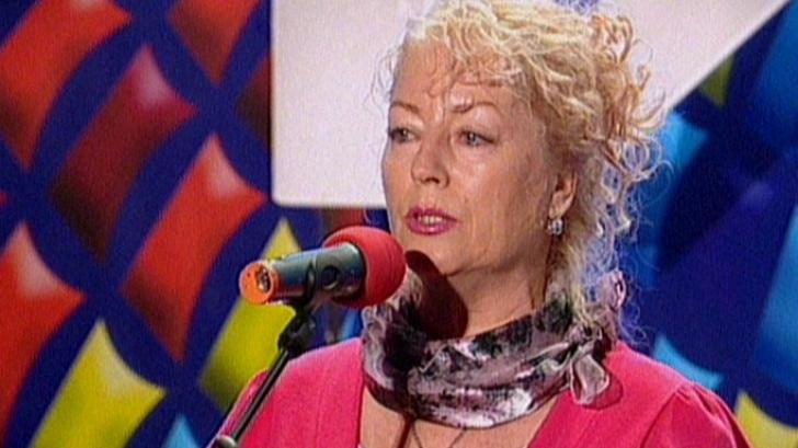 """Românii au talent. """"V-aţi produs, dar nu artistic"""" i-a spus Mihai Petre"""