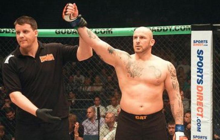 Cătălin Zmărăndescu este campion mondial MMA