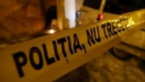 Cadavrele a două femei - mamă şi fiică - găsite în locuinţa pe care o împărţeau
