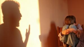 Detalii şocante în cazul crimei urmată de sinucidere, din Hunedoara. Un copil a privit toată scena