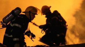 Incendiu puternic la o fabrică de cherestea din Bistriţa-Năsăud