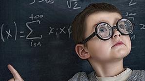 Elevii susţin proba scrisă la matematică