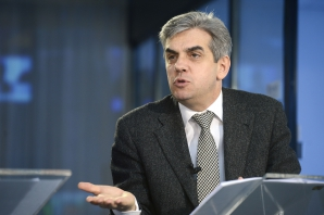 DOSAR DE POLITICIAN: Eugen Nicolăescu, ministrul eternelor reforme din sănătate