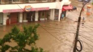 Inundaţii în centrul oraşului Tulcea