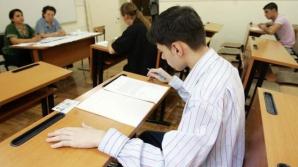 Elevii susţin astăzi proba scrisă la matematică