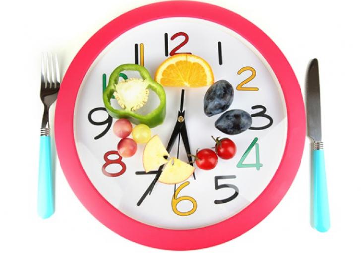DIETA DE 8 ORE. Cum să slăbeşti fără să renunţi la mâncarea preferată