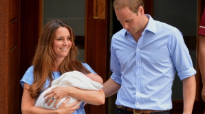 FOTOGRAFII SUPERBE cu Kate, William şi bebeluşul regal