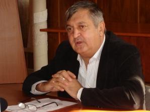 """DOSAR DE POLITICIAN: Daniel Drăgulin, primarul cu sloganul """"NU VĂ PROMIT NIMIC!"""""""