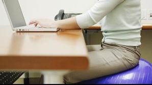 Programul flexibil şi accesul la sala de sport, printre beneficiile doriet de angajaţii români în 2013