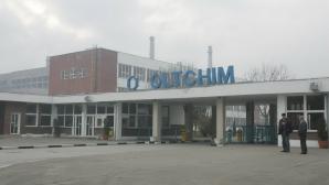 Copiii angajaților Oltchim au primit rechizite școlare