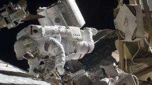 Doar 8 oameni au fost selectaţi la NASA în 2013