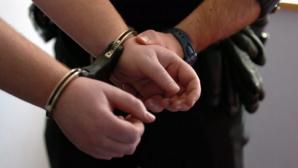 Șoferul băut, care a accidentat trei persoane pe o trecere de pietoni, arestat
