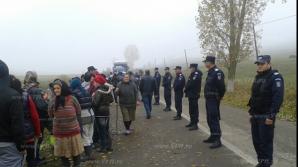 Momente tensionate între jandarmi şi localnicii din Pungeşti în octombrie