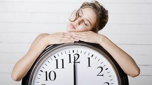 Ce înseamnă când te uiţiu la oră fixă la ceas