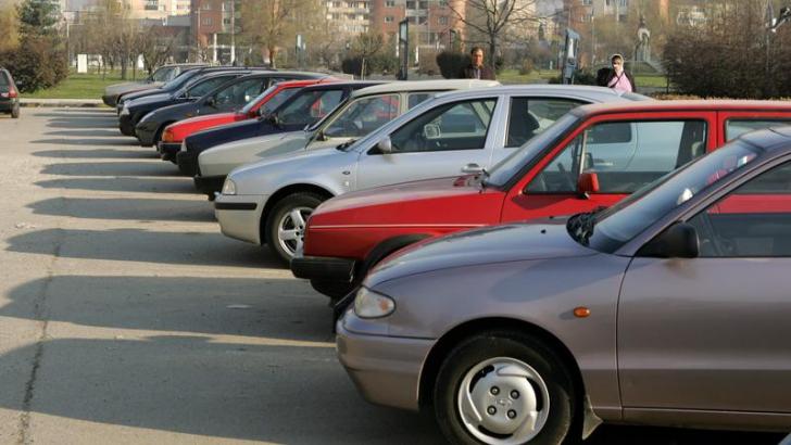 Primarul Piedone are o nouă metodă de a ridica mașinile parcate ilegal in Sectorul 4