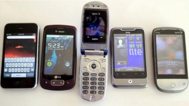 Cinci lucruri pe care le poţi face cu un telefon vechi