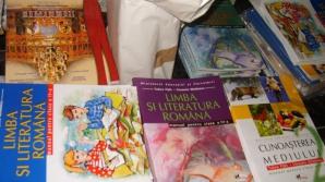 Pricopie: Vânzarea de cărţi şi auxiliare în şcoli este ilegală