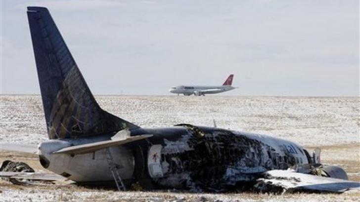 ACCIDENT AVIATIC: 29 de persoane rănite, după ce un avion a ratat aterizarea