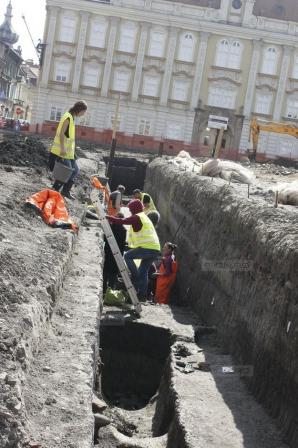 DESCOPERIRE ARHEOLOGICĂ EXCEPŢIONALĂ în centrul oraşului Timişoara