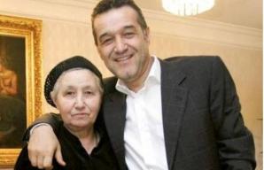 Gigi Becali, alături de mama sa, Alexandra Becali